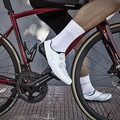 Waar moet je op letten bij het kopen van fietssokken?