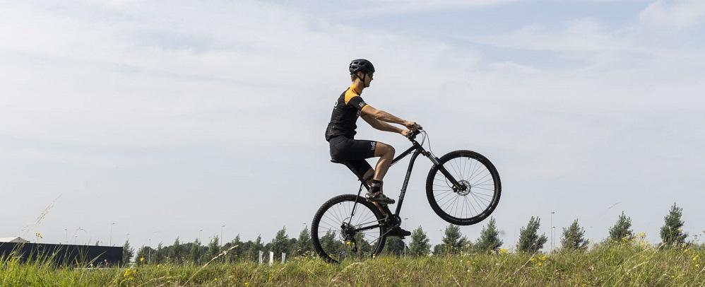 Leer tricks op de mountainbike | Wheelie, stoppie en bunny hop