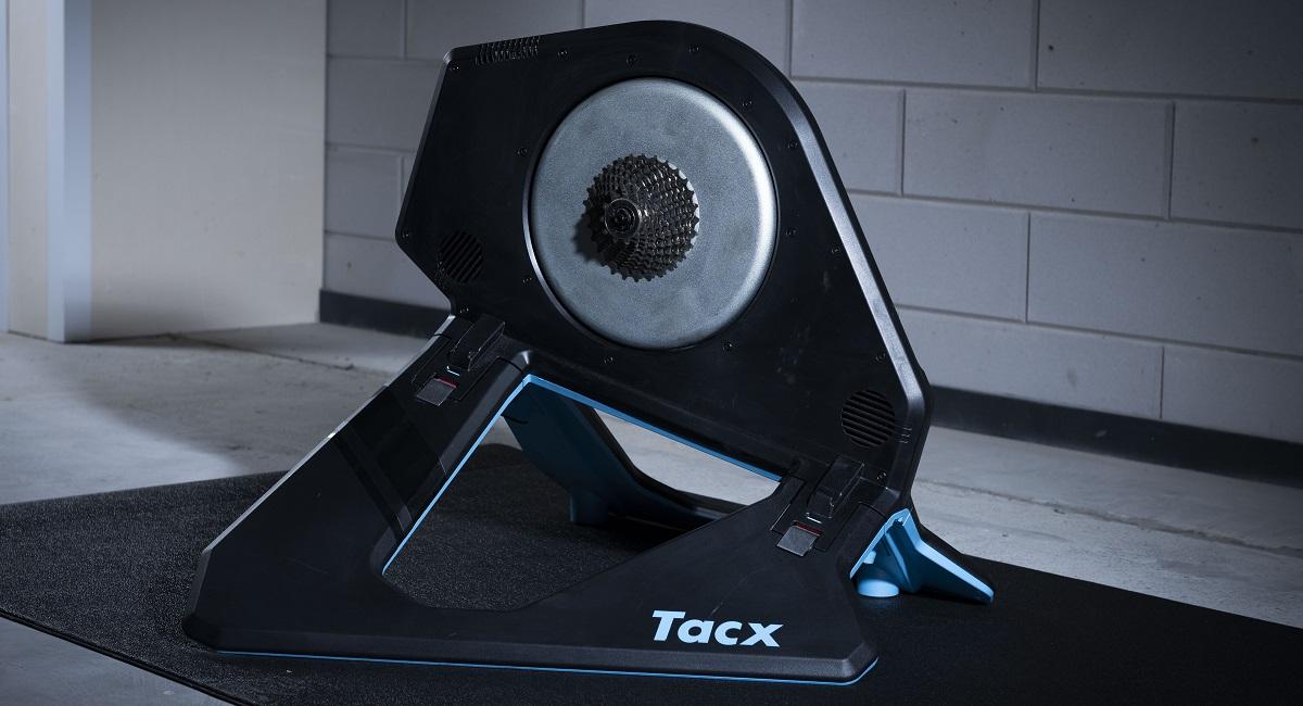Voetafdruk Tacx Neo 2T
