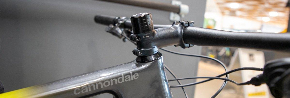 Stuurhoogte afstellen mountainbike of racefietsen