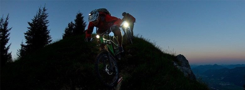 Ga op avontuur, ga eens nightbiken! | 12GO Biking